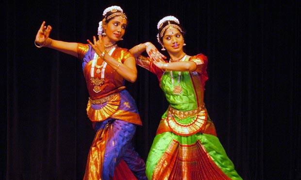 Sundays on Stage: Traditions of India